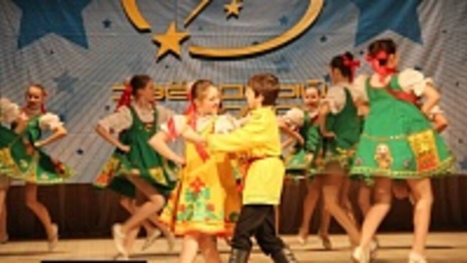 Бутурлиновская «Золушка» победила на Международном фестивале «Звездный дождь»