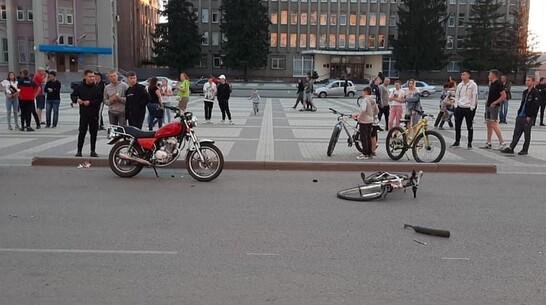 В Воронежской области 15-летний мотоциклист сбил на «зебре» ровесника-велосипедиста