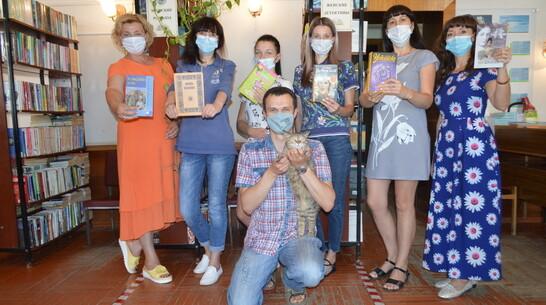 В Павловске объявили литературно-творческий конкурс «Лето с книгой»