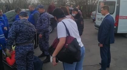 Выпавшую из окна пятиэтажки под Воронежем девочку перевели в палату