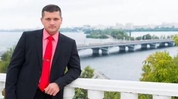 Воронежский суд продлил арест обвиняемому в сутенерстве адвокату