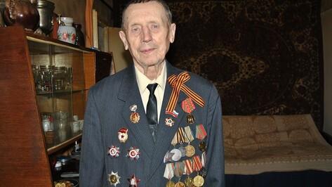 Житель Семилукского района после Парада Победы был приглашен на торжественный прием к Сталину