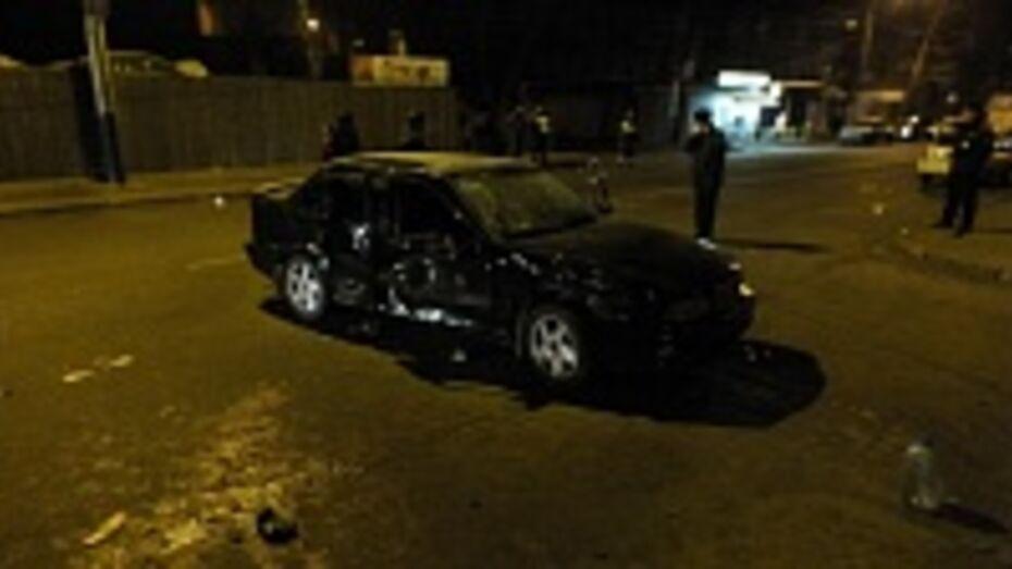 Воронежец, въехавший в толпу на улице Богдана Хмельницкого, частично признал себя виновным в ДТП