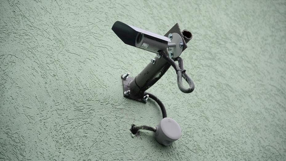 Прокуратура потребовала установить видеокамеры в школе и 8 детсадах Россоши