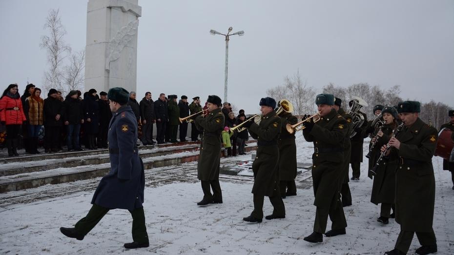 Острогожск впервые отметил день освобождения в статусе «Населенного пункта воинской доблести»