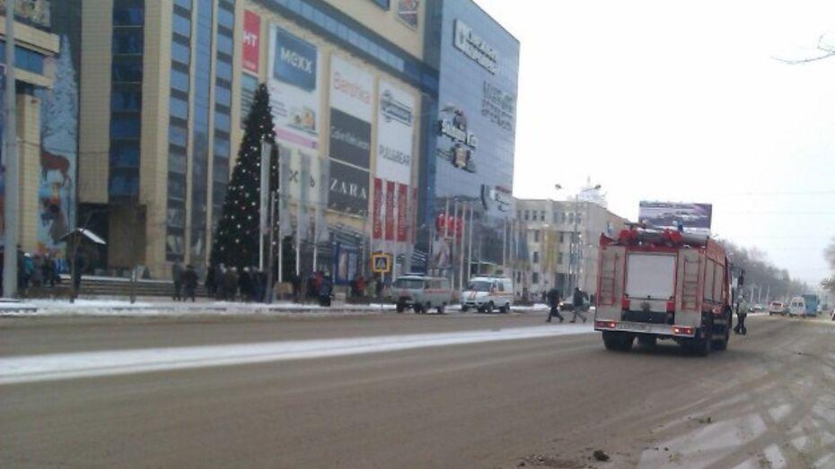 Бомбы в «Центре Галереи Чижова» не обнаружено