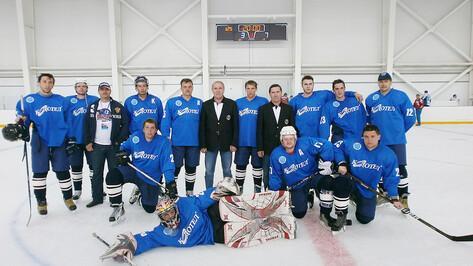 В Воронеже набирает популярность любительская хоккейная лига