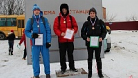 Новоусманские спортсмены победили в лыжной гонке областной Спартакиады