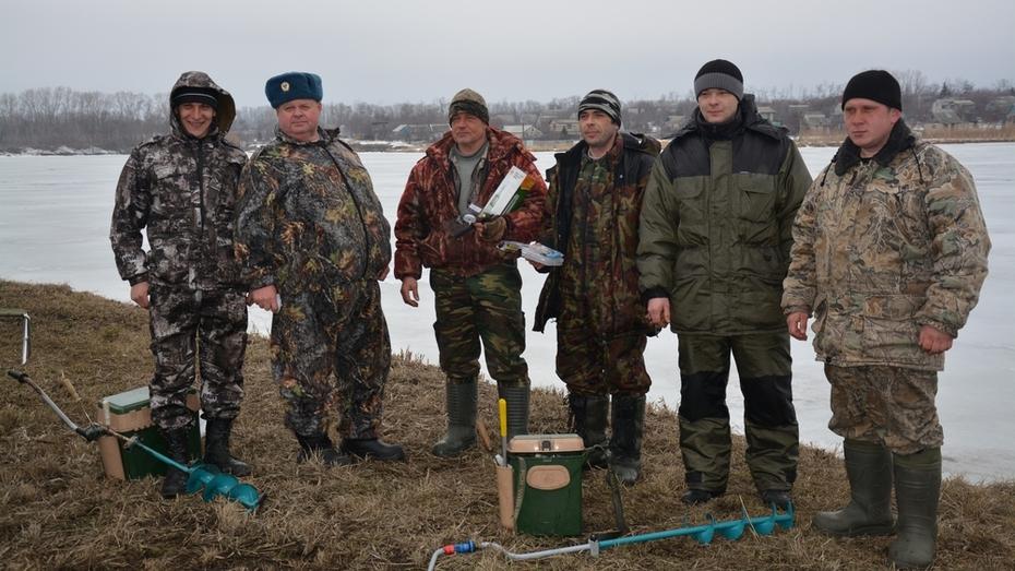 В Россошанском районе прошли соревнования по рыбной ловле