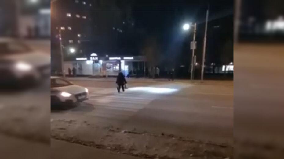 Новый «умный» переход в Воронеже отключат