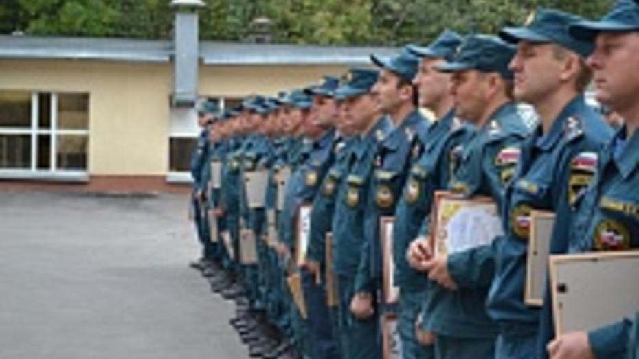 Воронежские пожарные получили премию за тушение леса и торфа в Тверской области