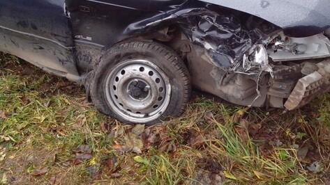 В Воронежской области водитель Nexia насмерть врезался в деревья