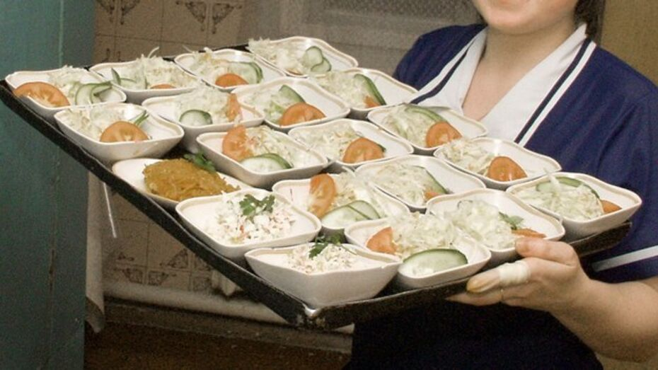 В воронежских школах и детсадах хранились зараженные молью продукты