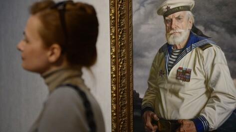В воронежском музее открылась выставка Александра Шилова «Они сражались за Родину!»