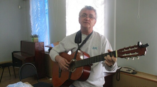 Лискинцев пригласили на онлайн-презентацию сборника стихов местного жителя Юрия Корчагина