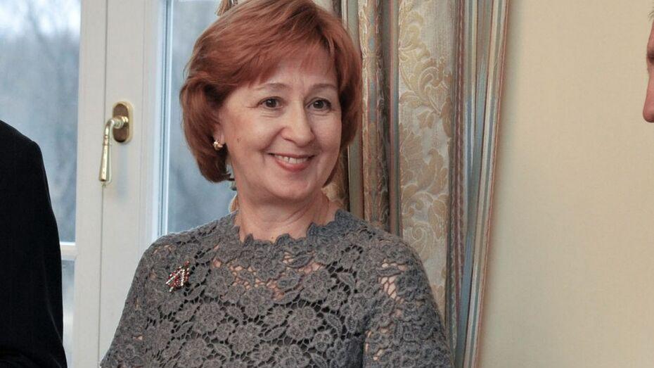 Татьяна Гордеева получила медаль дома Романовых за помощь воронежскому дворцу Ольденбургских