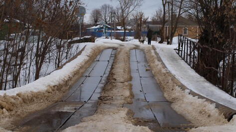 В семилукском селе началось строительство моста через реку Гнилуша