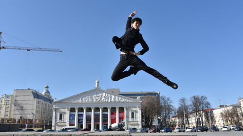 Воронеж иностранный. Японец Ацунори Ота – о балете, русских красавицах и медицинских масках