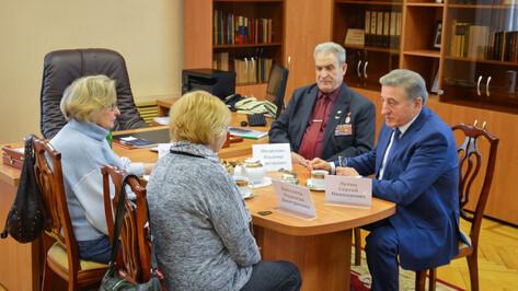 Воронежский сенатор Сергей Лукин: «Мы обязаны заботиться о семьях воинов-интернационалистов»