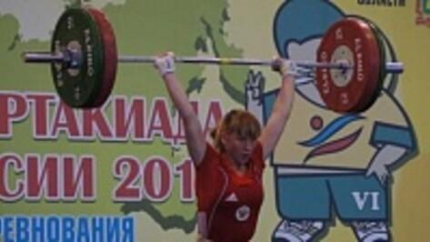 Воронежская штангистка решилась на взрослую Олимпиаду