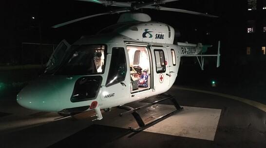 Пострадавшего в ДТП 15-летнего борисоглебца привезли в Воронеж на вертолете санавиации
