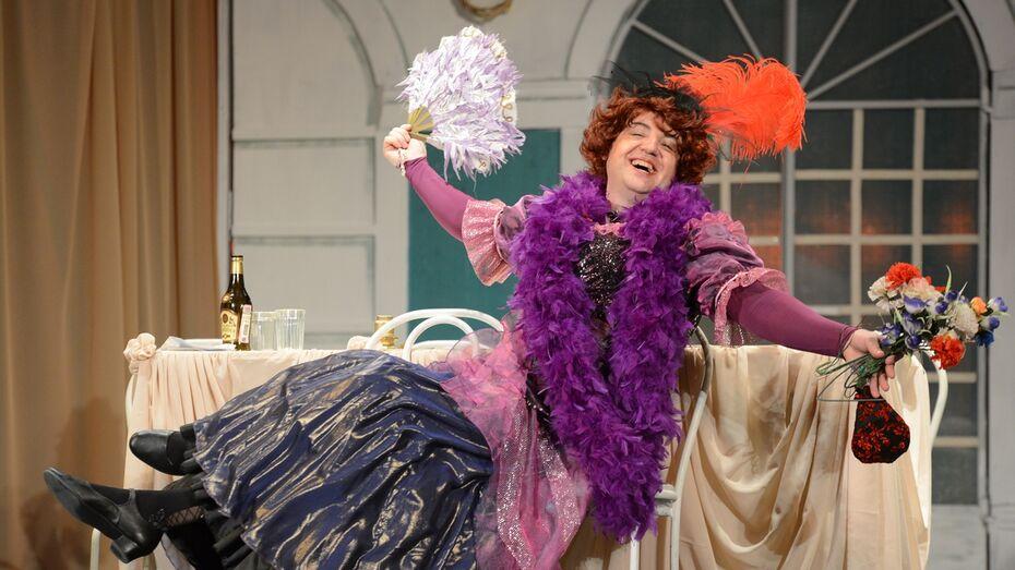 В воронежском Оперном состоялась премьера оперетты «Здрасьте, я ваша тетя!»