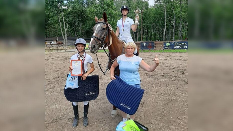 Павловчанки завоевали 5 золотых медалей областного чемпионата по конкуру