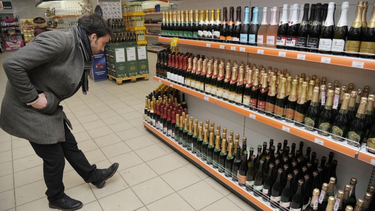 Инструкция РИА «Воронеж». Как отличить поддельный алкоголь