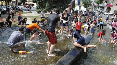 Спасатели предупредили воронежцев об аномальной жаре на выходных