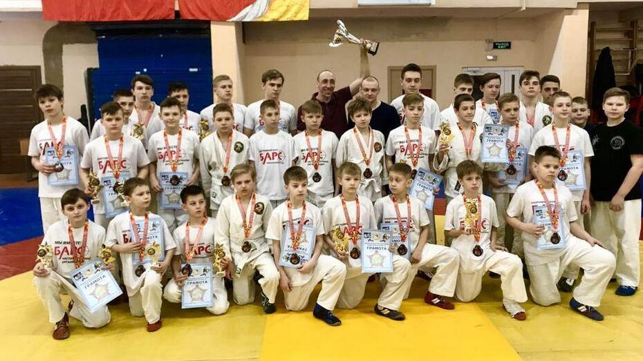 Борисоглебские рукопашники взяли 12 золотых медалей открытого первенства области