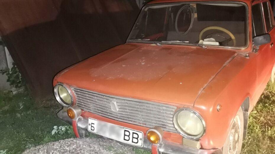 В Борисоглебске председатель гаражного кооператива украл «Жигули» и 3 мопеда