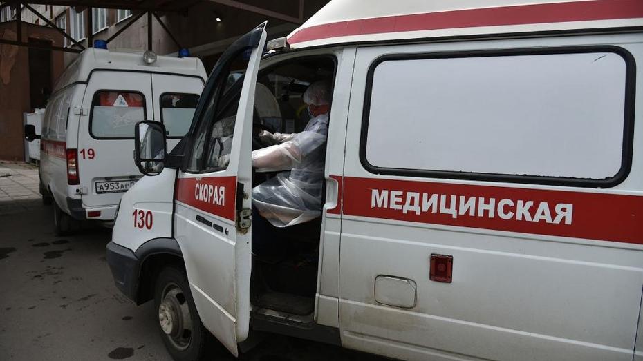 Жительница Воронежа пожаловалась на «скорую», не ехавшую к ее отцу 16 часов