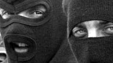 Двое в масках ранили ножом жительницу Эртиля