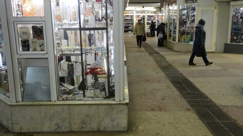 «Куда пойдут бабушки?» Воронежские торговцы – о демонтаже павильонов в переходе у Цирка