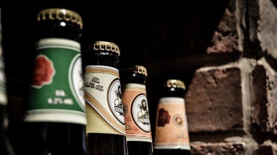 В Воронеже продавщица киоска второй раз попалась на продаже алкоголя подросткам