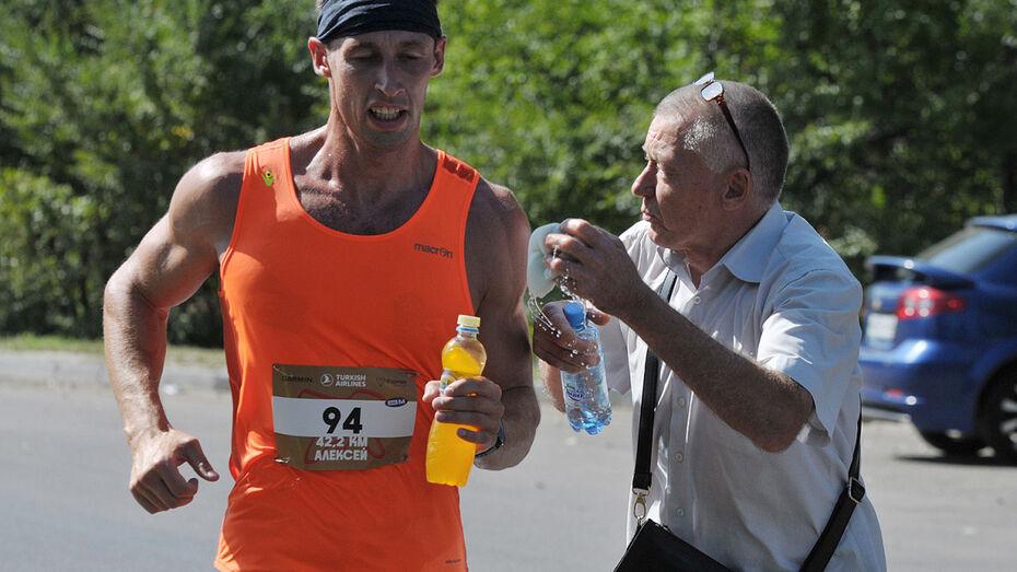 Победитель Воронежского марафона пробежал 42,2 км за 2,5 часа