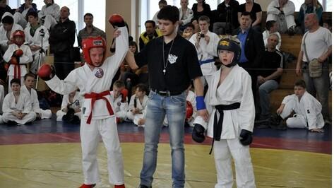 В Воронеже прошли межрегиональные соревнования по рукопашному бою