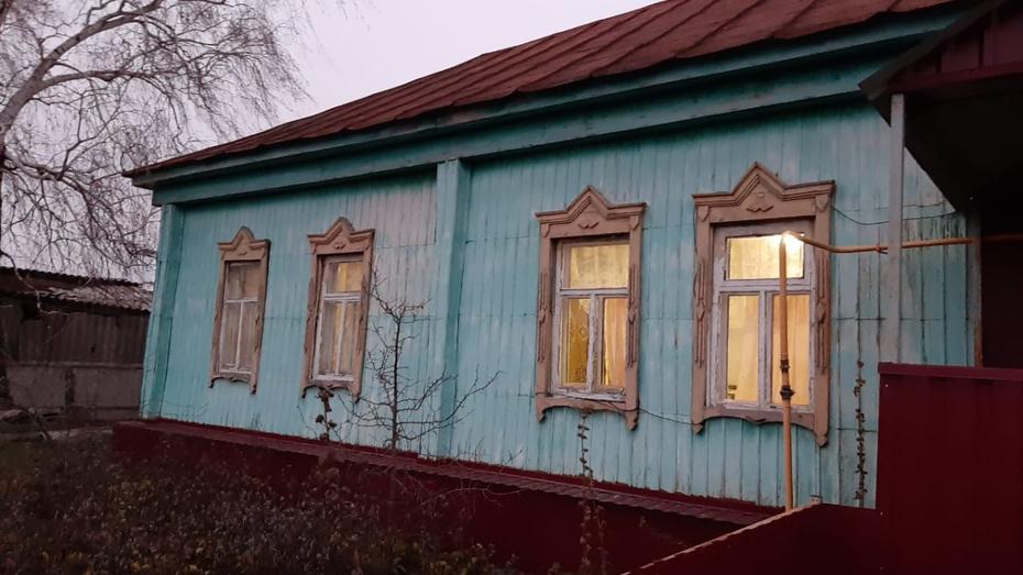 В Воронежской области сын обнаружил в доме тело матери с окровавленной головой