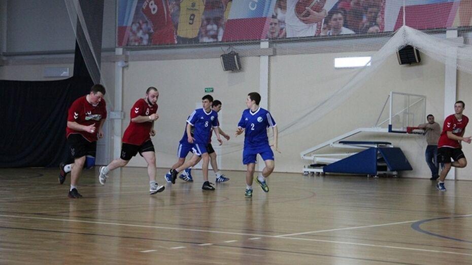В Новой Усмани прошел 3 тур Чемпионата Росси по гандболу