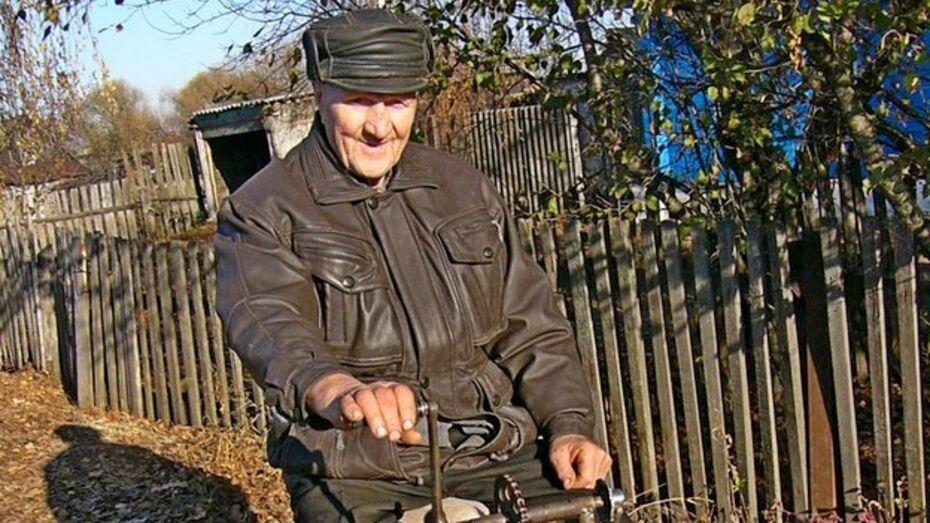 Житель Грибановки создает вечный двигатель
