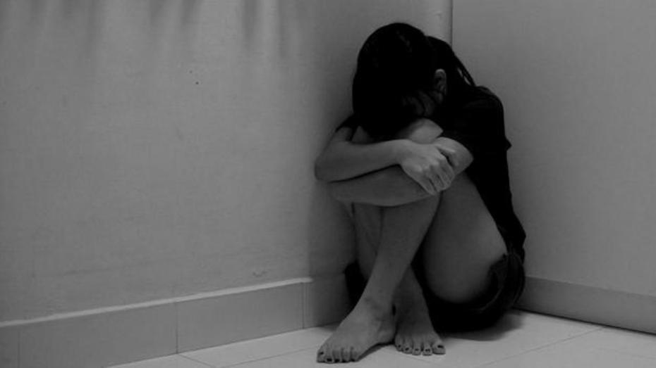 Совращенную воронежскую школьницу закрыли в психбольнице после побега из дома