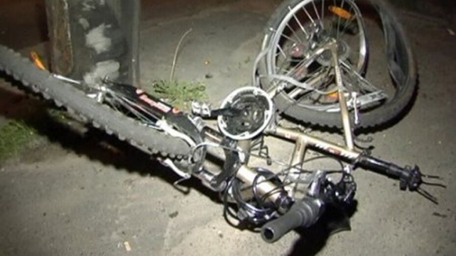 В Борисоглебске пьяный водитель сбил 78-летнюю велосипедистку