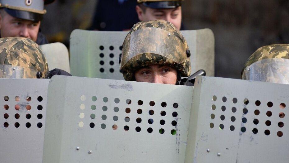 Спецназ провел обыски в воронежском штабе оппозиционера Алексея Навального