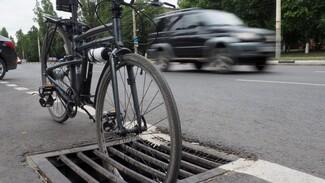 Колесо – в канализацию. Где в Воронеже самые опасные места для велосипедистов