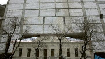 В Воронеже рабочий упал с 10 этажа на стройке комплекса «Галерея Чижова»