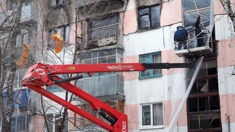 Власти Воронежа оценили состояние разрушенного взрывом газа подъезда пятиэтажки