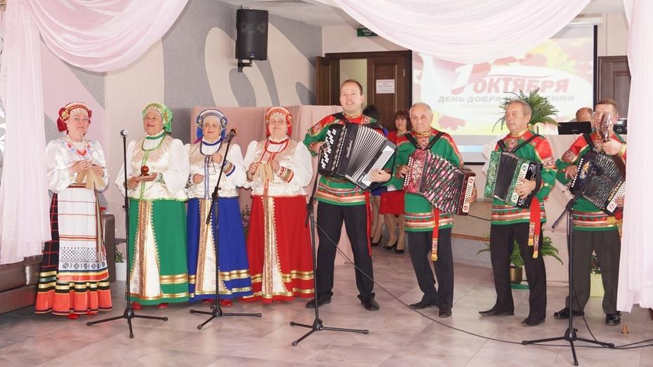Хохольские ансамбли выступят в Воронеже с концертом «Русские напевы» 20 января