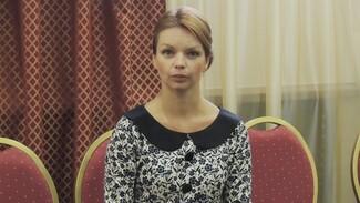 Алиса Гребенщикова в Воронеже: «Закон о запрете мата лишит зрителей  многих хороших фильмов и спектаклей»