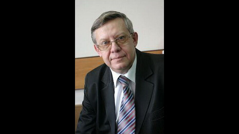 Умер декан математического факультета ВГУ