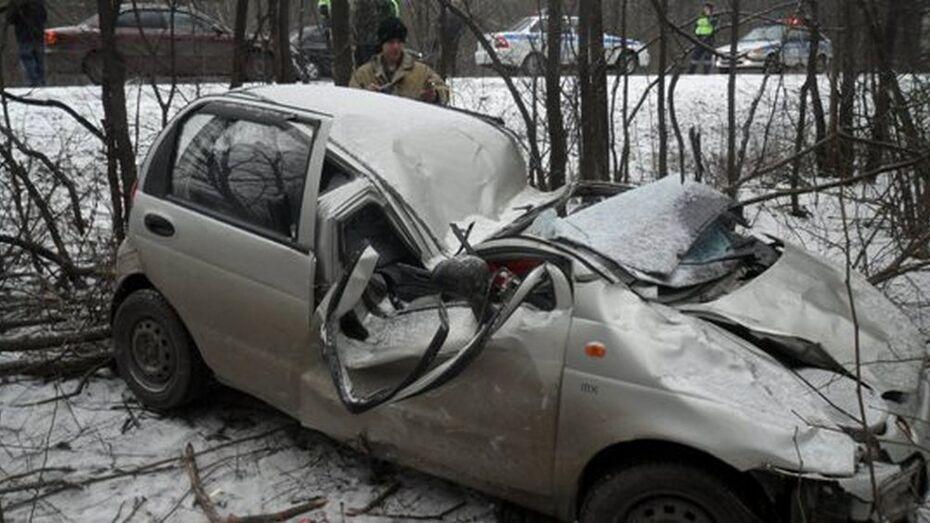 В Семилукском районе в ДТП погибла 22-летняя жительница Воронежа